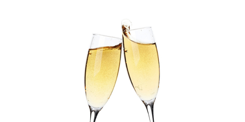 champagne, wine, alcohol, flutes, glasses, alcohol toxicity in pets, yeast dough toxicity in pets, pet toxicity, pet hazards, pet dangers, Animal Emergency & Referral Center of Minnesota, pet emergency, Minnesota emergency vet, Twin Cities emergency vet, oakdale emergency vet, Saint Paul emergency vet