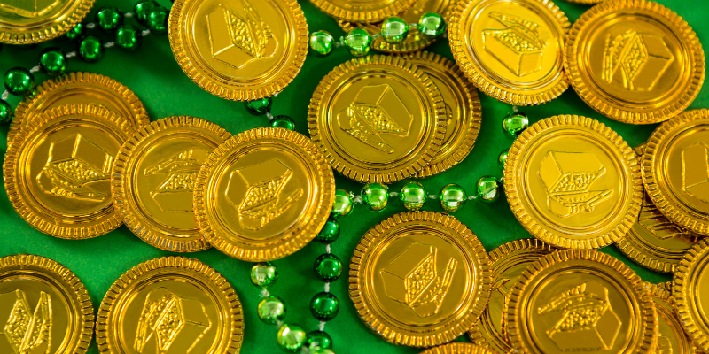 chocolate coins, foil wrappers, St. Patrick's Day, St. Paddy's Day, St. Patrick's Day pet dangers, pet health, pet dangers, holiday pet dangers, emergency vet, Minnesota emergency vet, Twin Cities emergency vet, Animal Emergency & Referral Center of Minnesota