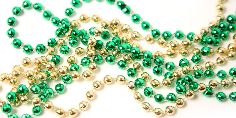beads, plastic beads, St. Patrick's Day, St. Paddy's Day, St. Patrick's Day pet dangers, pet health, pet dangers, holiday pet dangers, emergency vet, Minnesota emergency vet, Twin Cities emergency vet, Animal Emergency & Referral Center of Minnesota